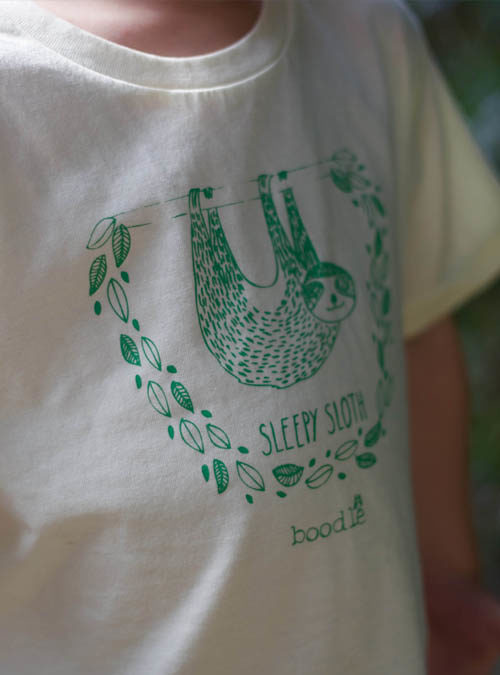 sleepy sloth cream T-shirt